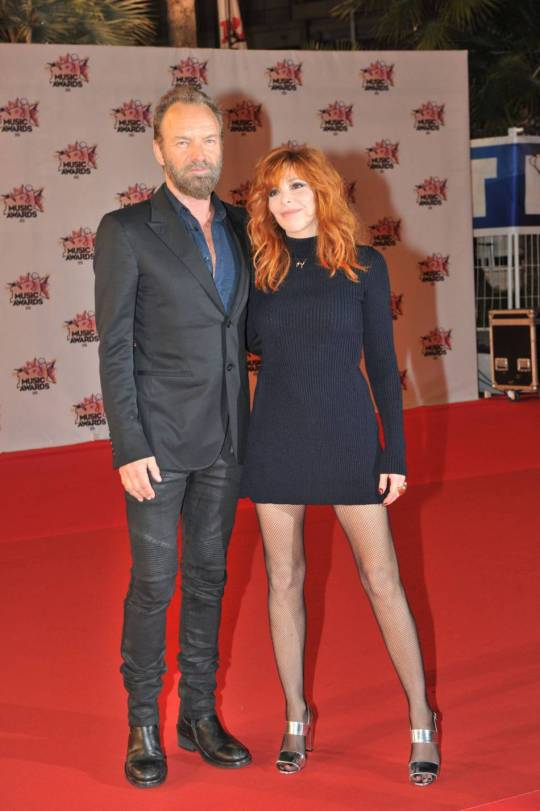 1582715-mylene-farmer-assure-la-promotion-de-950x0-2